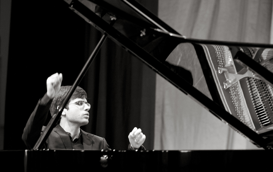 Hastings International Piano Concerto Competition 3-8 March, 2014